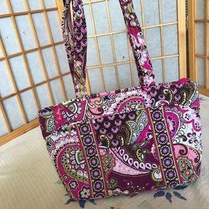 Quilted pink Paisley Vera Bradley shoulder bag